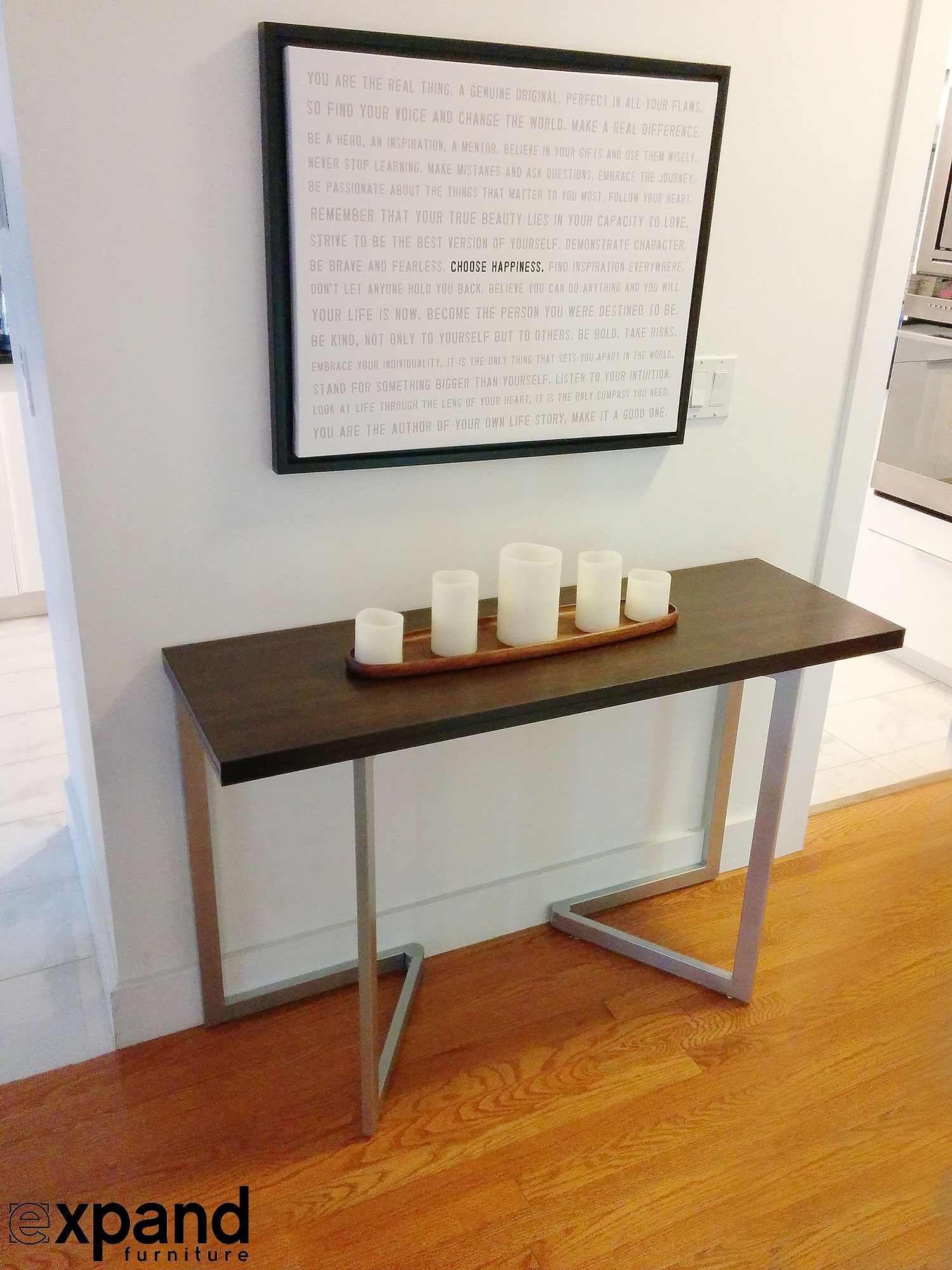 Transforming console to table expand furniture