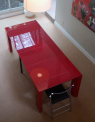 Junior-Giant-Edge-Glossy-Red-Dinner-table-extendable