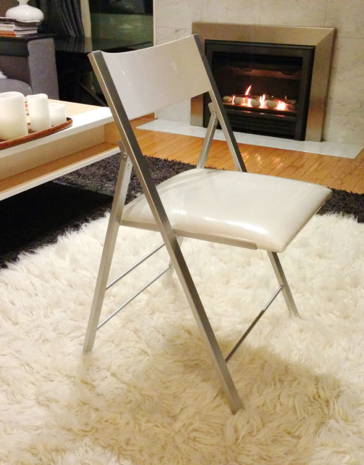 Nano-folding-chair-in-white-open