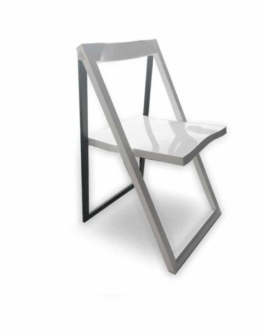 Pendulum-stylish-folding-chair-open-in-white-gloss-and-black-leg