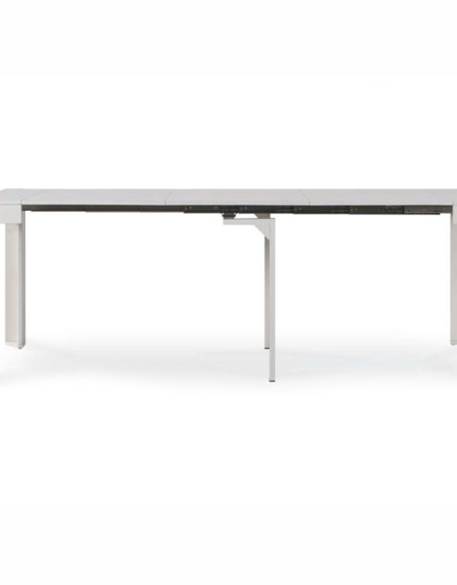 expanda-console-extended-into-a-table