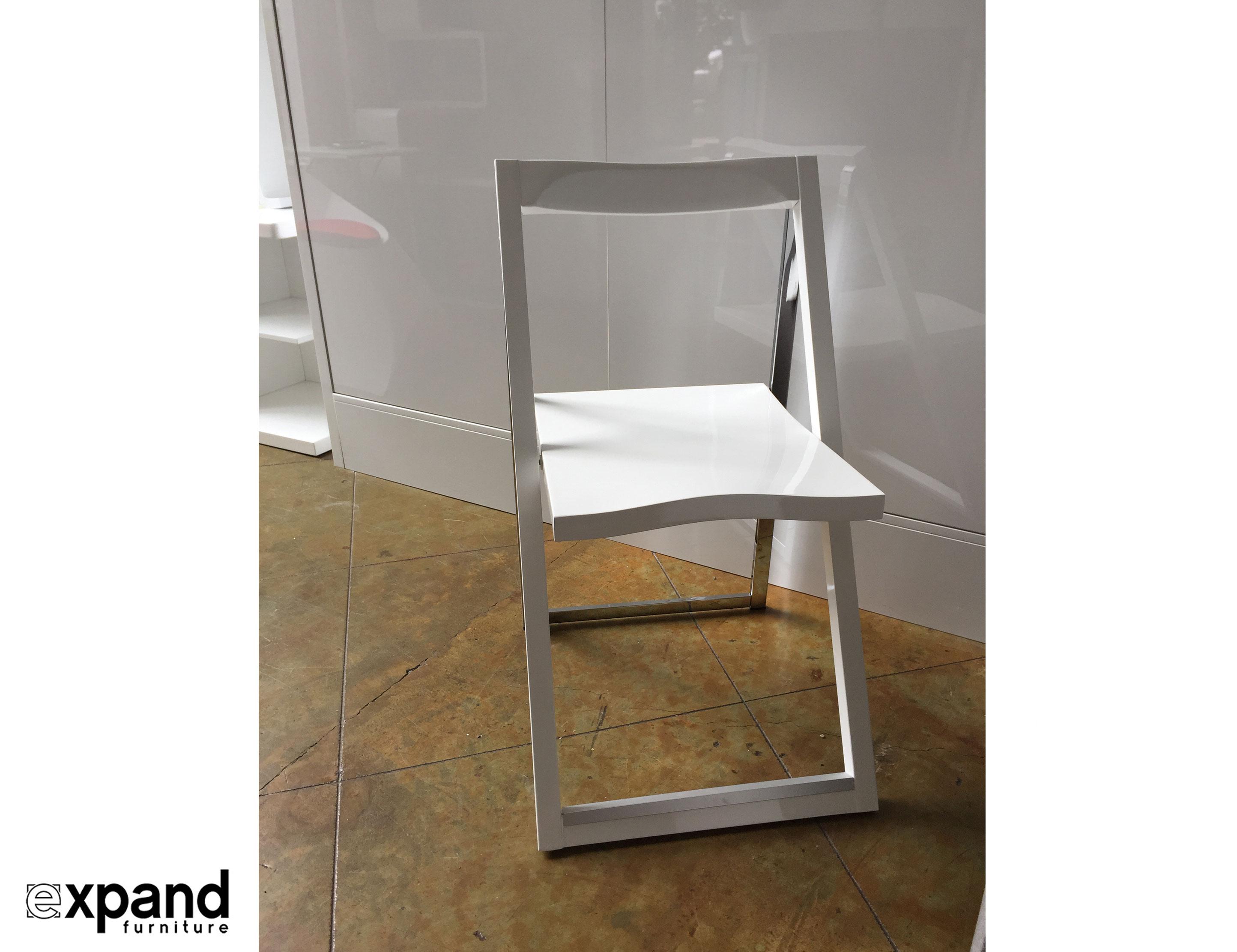 Pendulum Designer Folding Dining Chair Set of 4