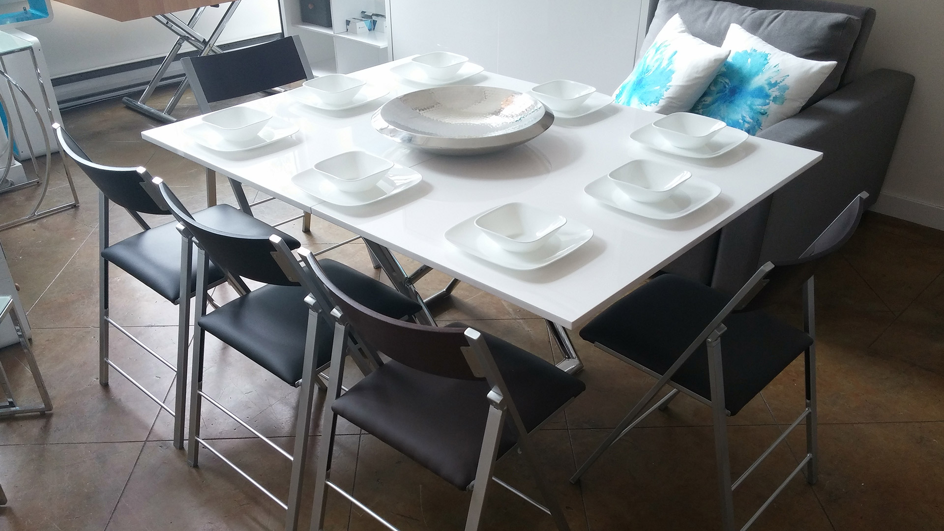 Expand modern dining table and chairs expand furniture for Modern table and chairs
