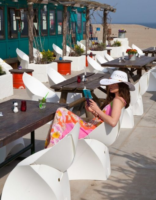 Outdoor White folding stylish chairs