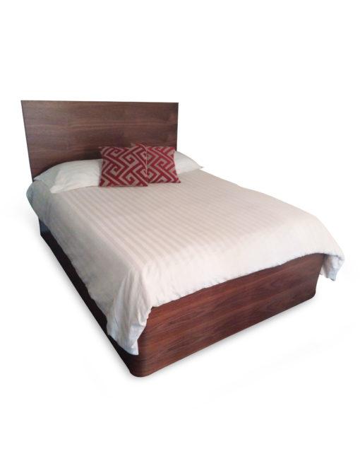 pratico-king-storage-bed-in-walnut