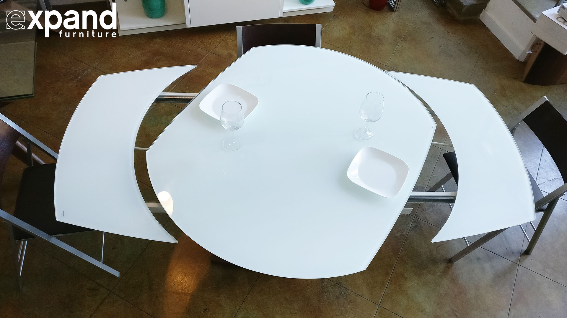 Spinning Dining Table