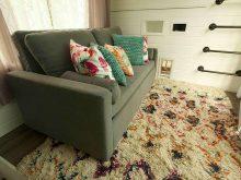 Tiny-House-Nation-Ep-403-Harmony-Renoir-sofa-bed-(3)